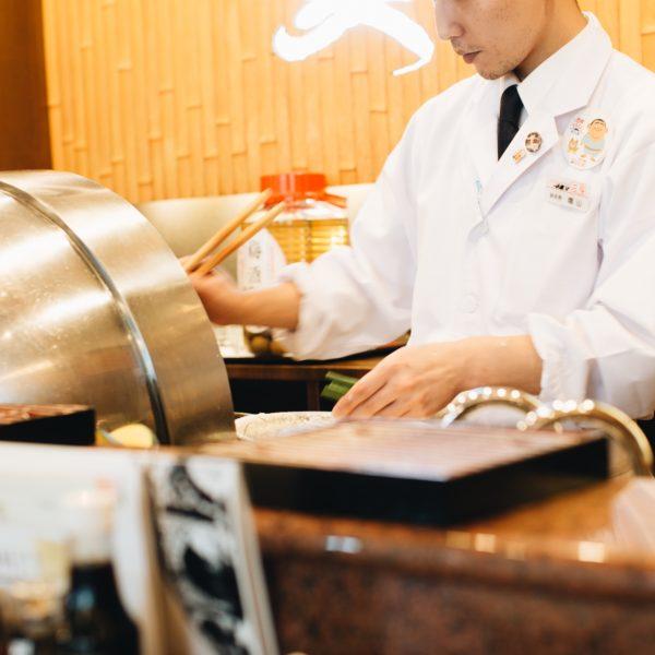 天ぷらを食べに左膳へ